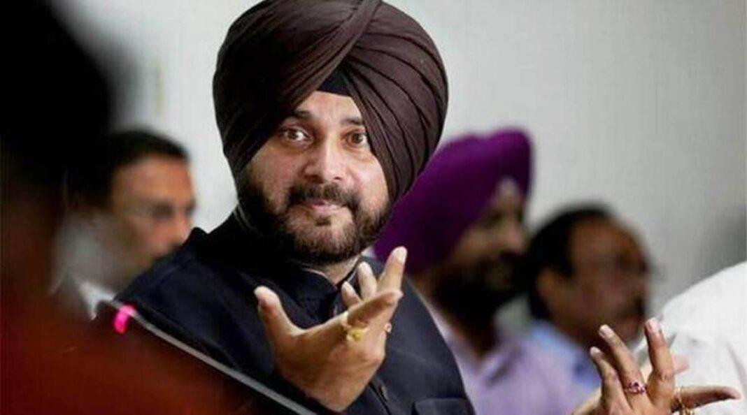 Navjot Singh Sidhu likely to be Punjab PCC chief, Capt 'unhappy'